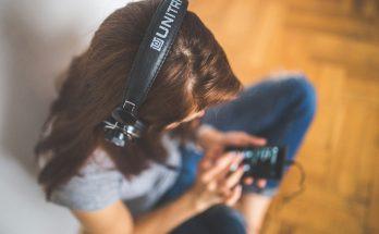 como aumentar el volumen en los auriculares android